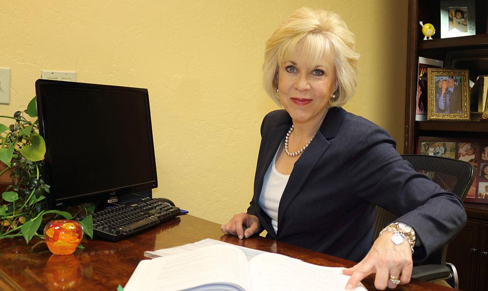 Dr.-Rupprecht-Desk